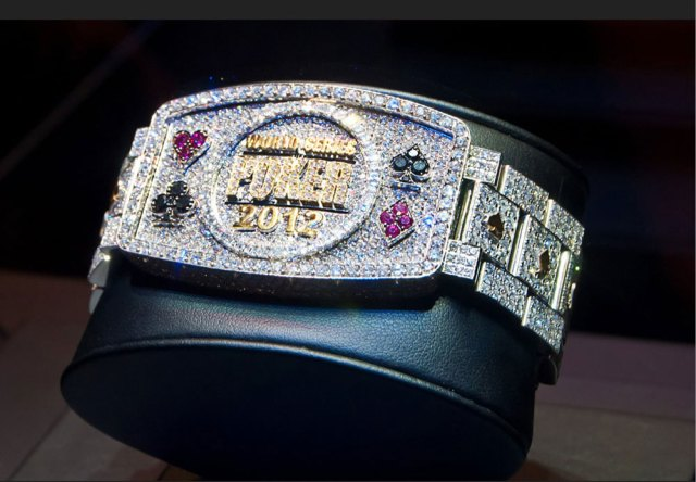 World-Series-of-Poker-bracelet-2012-1